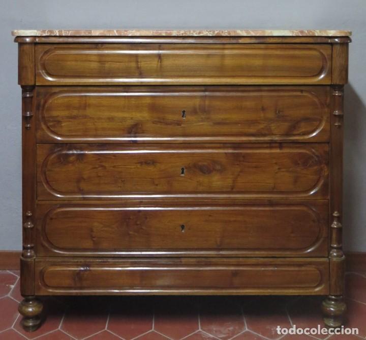 ANTIGUA COMODA DE NOGAL CON SOBRE DE MARMOL (Antigüedades - Muebles - Cómodas Antiguas)