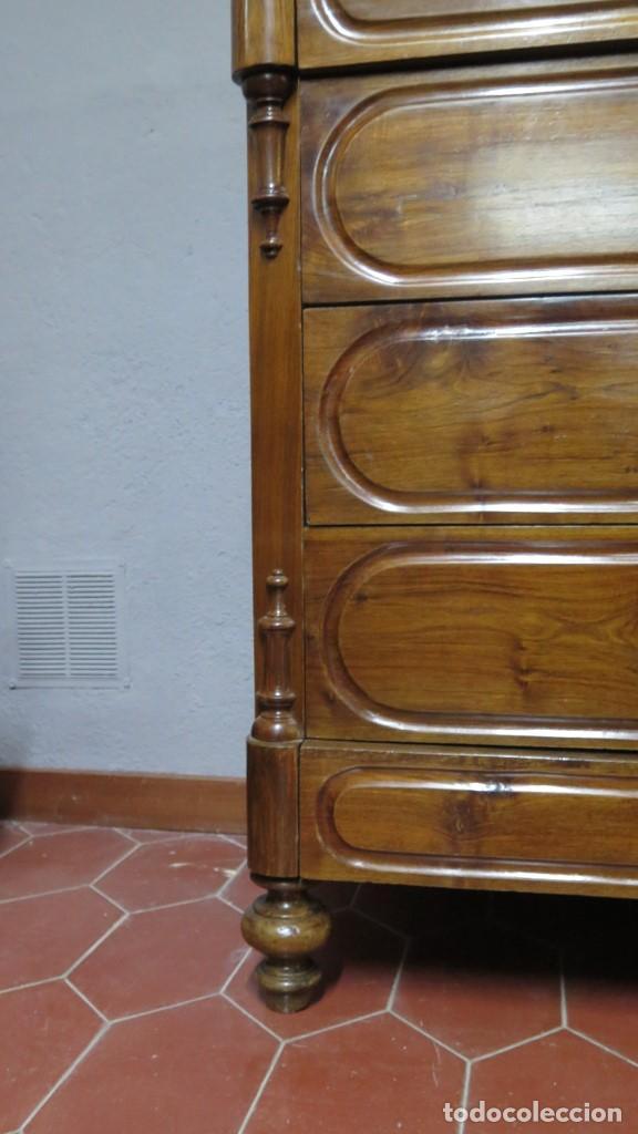 Antigüedades: ANTIGUA COMODA DE NOGAL CON SOBRE DE MARMOL - Foto 4 - 160715310