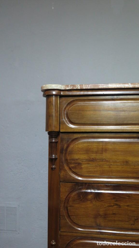 Antigüedades: ANTIGUA COMODA DE NOGAL CON SOBRE DE MARMOL - Foto 5 - 160715310