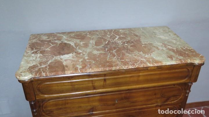 Antigüedades: ANTIGUA COMODA DE NOGAL CON SOBRE DE MARMOL - Foto 6 - 160715310