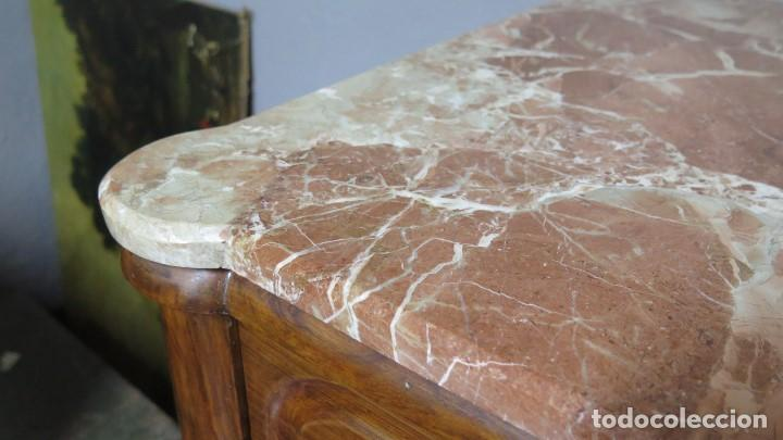 Antigüedades: ANTIGUA COMODA DE NOGAL CON SOBRE DE MARMOL - Foto 7 - 160715310