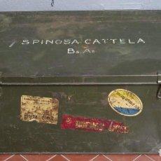 Antigüedades: ANTIGUO BAUL DE HIERRO MILITAR. Lote 160715542