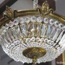 Antigüedades: BONITA LAMPARA DE CRISTAL Y BRONCE. Lote 160716482