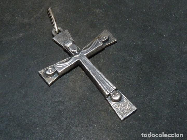 BONITA CRUZ CRUCIFIJO PECTORAL PLATA CRISTO BELLA IMAGEN PARA COLECCION AÑOS 60 VINTAGE (Antigüedades - Religiosas - Crucifijos Antiguos)