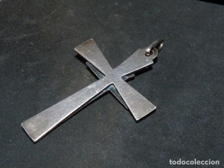 Antigüedades: BONITA CRUZ CRUCIFIJO PECTORAL PLATA CRISTO BELLA IMAGEN PARA COLECCION AÑOS 60 VINTAGE - Foto 3 - 160718862
