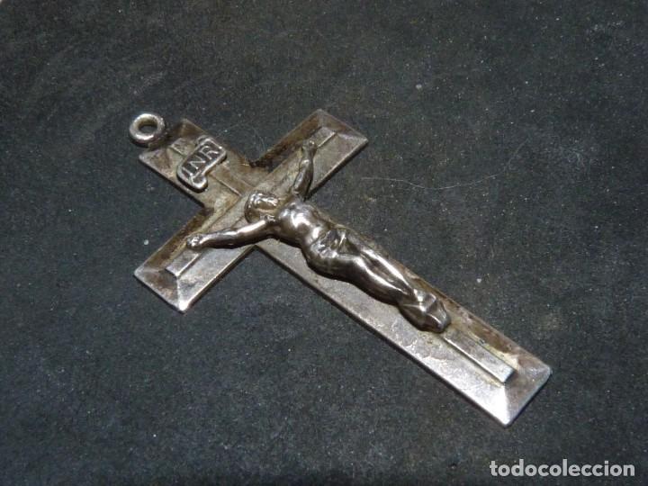 Antigüedades: BONITA CRUZ CRUCIFIJO PECTORAL PLATA CRISTO BELLA IMAGEN PARA COLECCION AÑOS 50 VINTAGE - Foto 2 - 160722002
