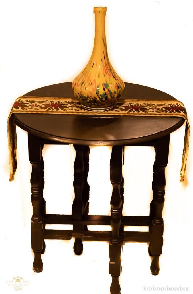 Antigüedades: Magnifica mesa auxiliar, de origen ingles, plegable y de alas, en perfecto estado de conservación. - Foto 2 - 160736610