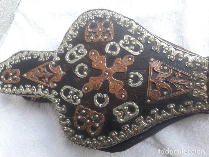 Antigüedades: Antiguo fuelle madera cuero cobre y latón - Foto 10 - 160742442