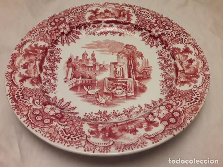 ANTIGUO BELLO PLATO LA CARTUJA PICKMAN SERIE ROSA SEVILLA (Antigüedades - Porcelanas y Cerámicas - La Cartuja Pickman)