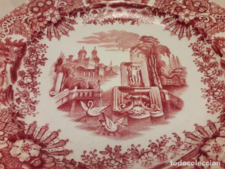 Antigüedades: Antiguo bello plato La Cartuja Pickman serie rosa Sevilla - Foto 2 - 160759310