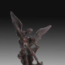 Oggetti Antichi: ESCULTURA SAN MIGUEL. Lote 248684830