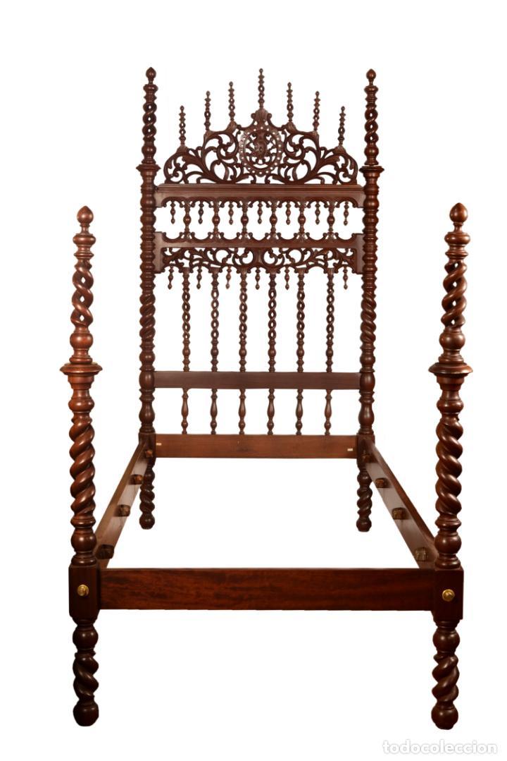 CAMA MADERA TORNEADA 95 CM. (Antigüedades - Muebles Antiguos - Camas Antiguas)