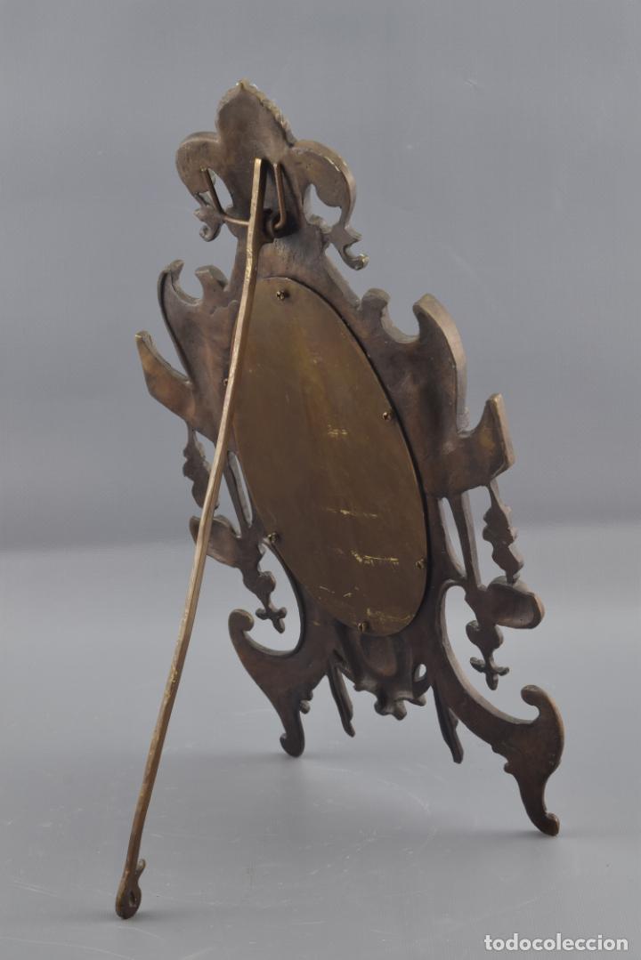 Antigüedades: MARCO DE MESA OVAL EN BRONCE - Foto 3 - 160763858