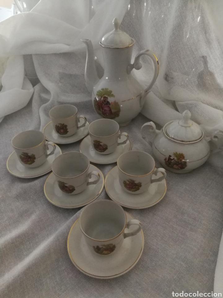 JUEGO DE CAFE DE PORCELANA SELLADO CIFPLA GIJON. (Antigüedades - Porcelanas y Cerámicas - Otras)