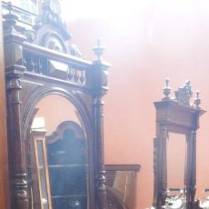 Antigüedades: TOCADOR CÓMODA DE MADERA DE NOGAL.. Lote 160785738