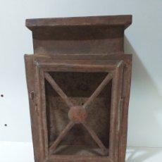 Antigüedades: ANTIGUO FAROL DE ALUMBRADO PÚBLICO, PARA VELON. DE LOS QUE ENCENDIA Y APAGABA EL SERENO.. Lote 160827813