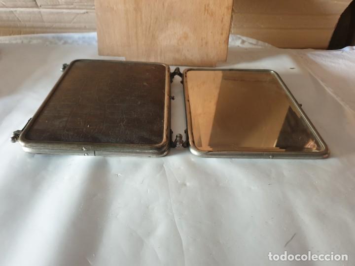 Antigüedades: TRIPLE ESPEJO PLATA Y PIEL DE TOCADOR - Foto 4 - 160850574