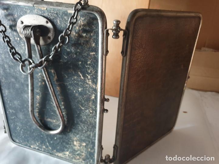 Antigüedades: TRIPLE ESPEJO PLATA Y PIEL DE TOCADOR - Foto 13 - 160850574