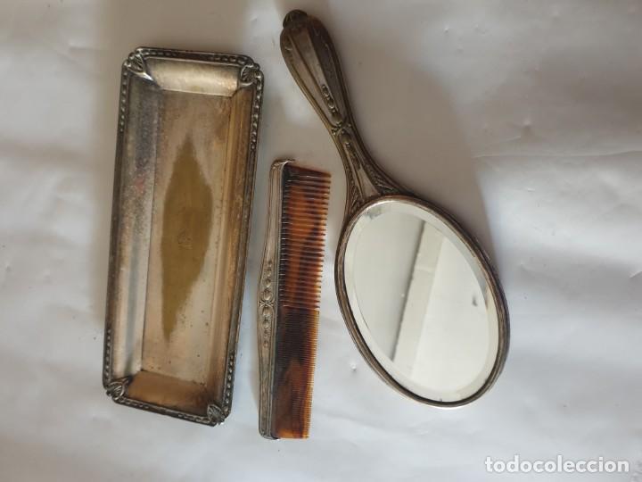 JUEGO TOCADOR - ESPEJO Y BANDEJA PLATA (Antigüedades - Plateria - Varios)