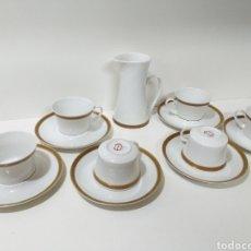Antigüedades: JUEGO DE 6 SERVICIOS DE CAFE CONSOMÉ MAS LECHERA DE PORCELANA DE LA MARCA BIDASOA. Lote 160873742
