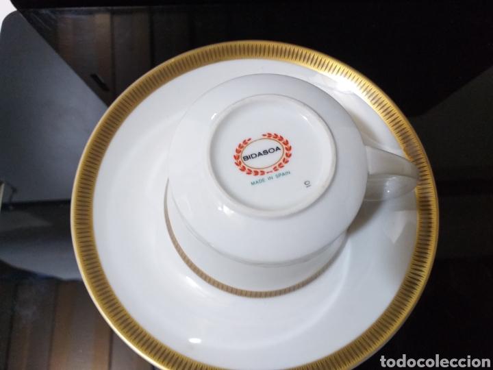Antigüedades: juego de 6 servicios de cafe consomé mas lechera de porcelana de la marca Bidasoa - Foto 6 - 160873742