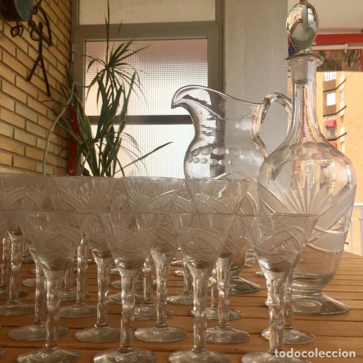 Antigüedades: Antigua Cristalería tallada 57 piezas + jarra y botella - Foto 12 - 160880710