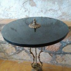 Antigüedades: MESA MODERNISTA. FINALES SIGLO XIX. EN MARMOL ITALIANO NEGRO Y BRONCE. Lote 160896794