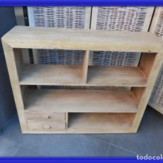 Antigüedades: CONSOLA LIBRERIA MUEBLE TV DE MADERA NATURAL. Lote 160940398