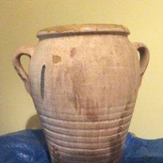 Antigüedades: TINAJA, ORZA ANTIGUA VALENCIA. ALTO 35 CM X ANCHO 34 CM ( CON ASAS)DIÁMETRO 21 CM.. Lote 160975921