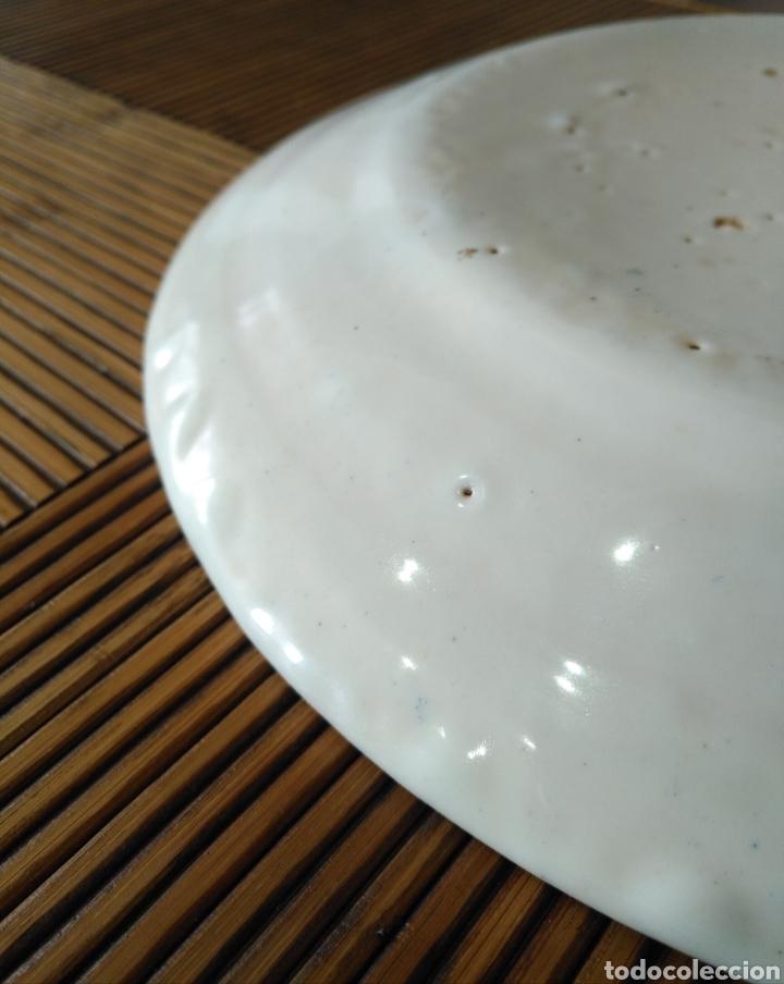 Antigüedades: Cuenco plato hondo ceramica manises , siglo XIX. 25cm x 3cm. - Foto 8 - 161108256