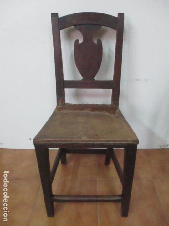 Antigüedades: Pareja de Sillas Carlos IV - Silla - Madera de Nogal - Tapicería en Piel Original - Finales S. XVIII - Foto 14 - 161252406