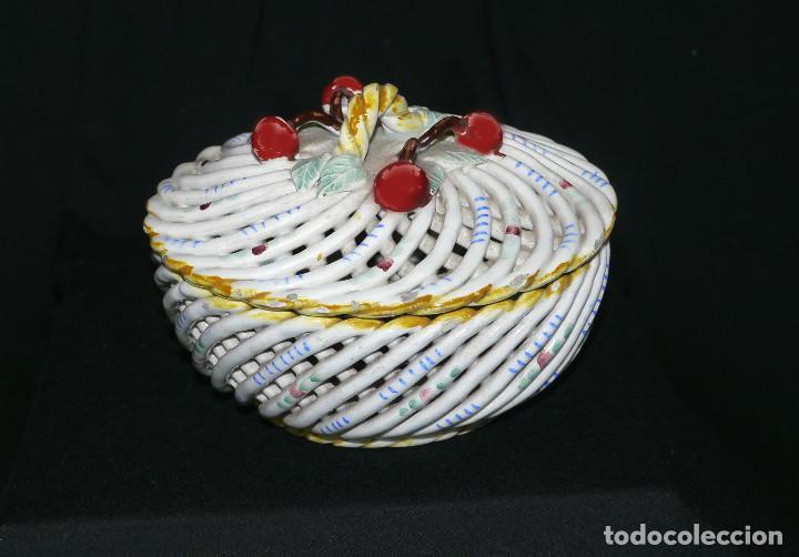 JOYERO DE PORCELANA TRENZADA (Antigüedades - Porcelanas y Cerámicas - Manises)