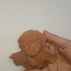 Antigüedades: ANGELITO REALIZADO EN BARRO. Lote 161351305