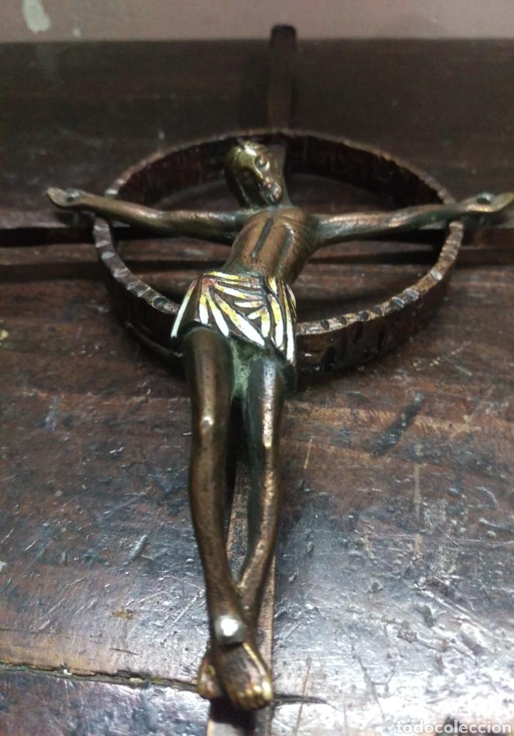 Antigüedades: CRUCIFIJO CRISTO ESMALTADO SOBRE CRUZ CELTA - Foto 3 - 161378762