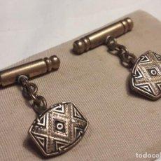 Antigüedades: BELLOS ANTIGUOS GEMELOS ORO DAMASQUINADO TOLEDO . Lote 161409598