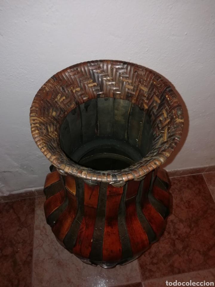 Antigüedades: Jarron de cuero y bambú - Foto 4 - 161559524
