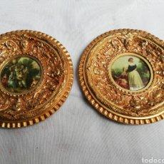 Antigüedades: ANTIGUOS MARCOS. CUADROS EN BRONCE CON LAMINA LACADA.. Lote 161628194