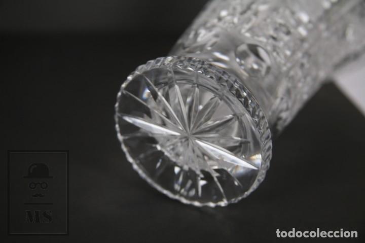 Antigüedades: Jarrón de Cristal de Bohemia - Tallado a Mano, 24% PbO - Caja Original - Checoslovaquia - Foto 16 - 89058024
