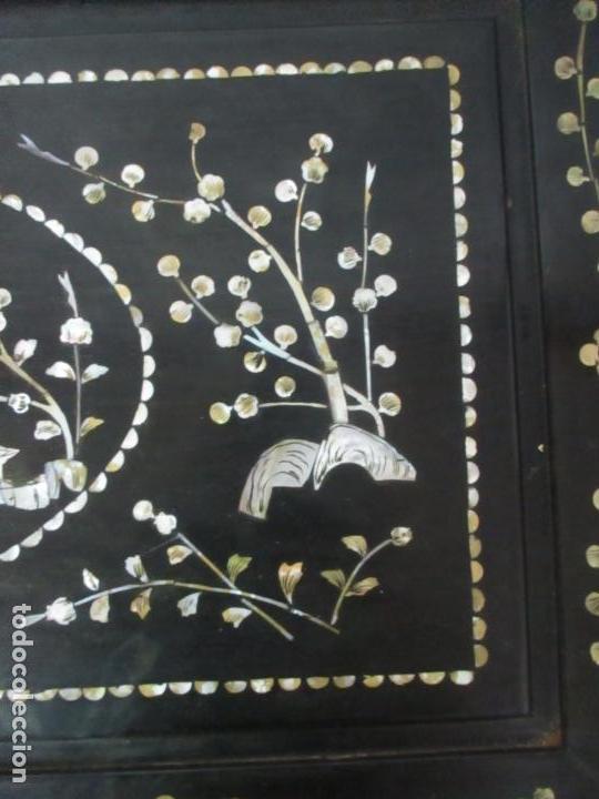 Antigüedades: Precioso Baúl Oriental - China - Caja, Arcón - Madera de Cedro - Decoración en Marquetería de Nácar - Foto 5 - 161676418