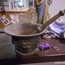 Antigüedades: GRAN ALMIREZ MORTERO BARROCO COSTILLAS Y CARAS. Lote 161708346
