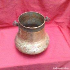 Antigüedades: CALDERO O HERRADA VASCA DE COBRE ALTURA 26 CM ANCHO 27 CM BOCA 16 CM . Lote 161709618