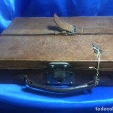 Antigüedades: ANTIGUO MALETÍN DE PIEL PARA CARTUCHOS 37X24X11CM. Lote 161719830