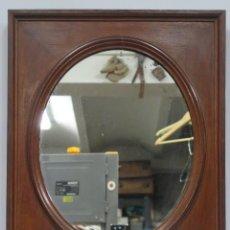Antigüedades: BONITO ESPEJO DE MADERA DE ROBLE. SIGLO XIX. LUNA ORIGINAL. Lote 161789086