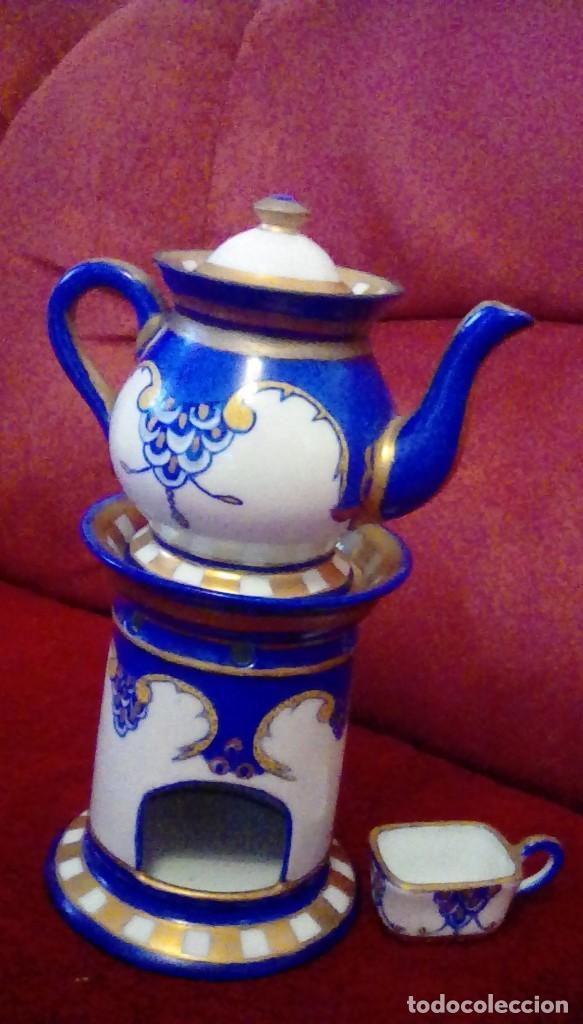 Antigüedades: Antigua cafetera con calentador de vela y taza para crema. Porcelana Limoges France. - Foto 3 - 161864066