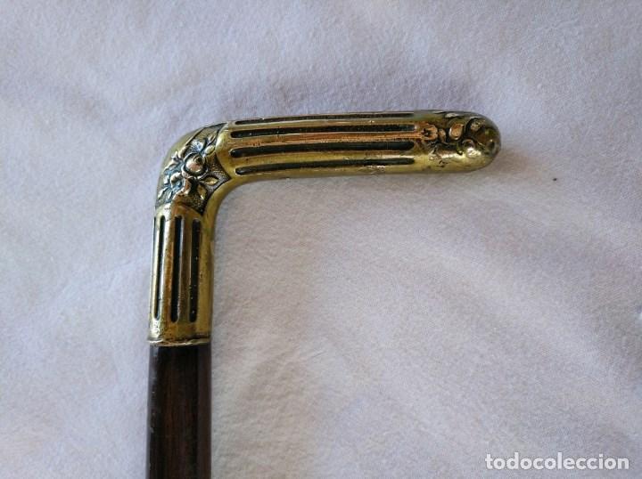 Antigüedades: BASTÓN MODERNISTA, MANGO DE ALPACA SOBREDORADA Y MADERA NOBLE. AÑOS 20. - Foto 2 - 161868718