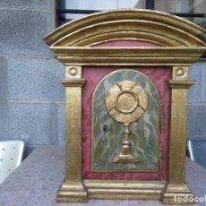 Antigüedades: SAGRARIO MUY ANTIGUO , CUSTODIA , POLICROMADO , ORO , RESTAURADO , VEERR. Lote 161875594