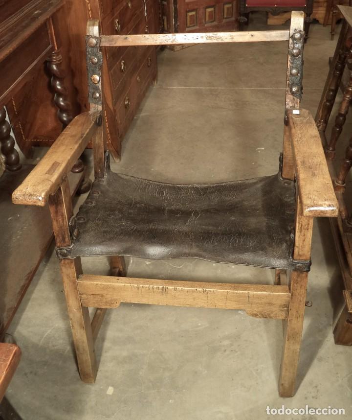 SILLÓN FRAILERO DE NOGAL, S.XVII (Antigüedades - Muebles Antiguos - Sillones Antiguos)