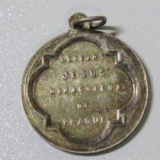 Antigüedades: MEDALLA NIÑO JESUS DE PRAGA. PLATA. Lote 162015162