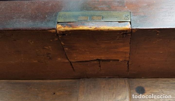 Antigüedades: BUFFET APARADOR. MADERA DE CAOBA. ESTILO VICTORIANO. ESPAÑA. SIGLO XIX. - Foto 5 - 162024554