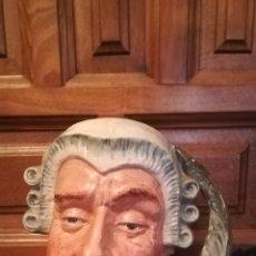 Antigüedades: ANTIGUA JARRA DE CERVEZA DE PORCELANA ROYAL DOULTON. Lote 162108668
